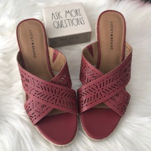 Lucky brand red sandals